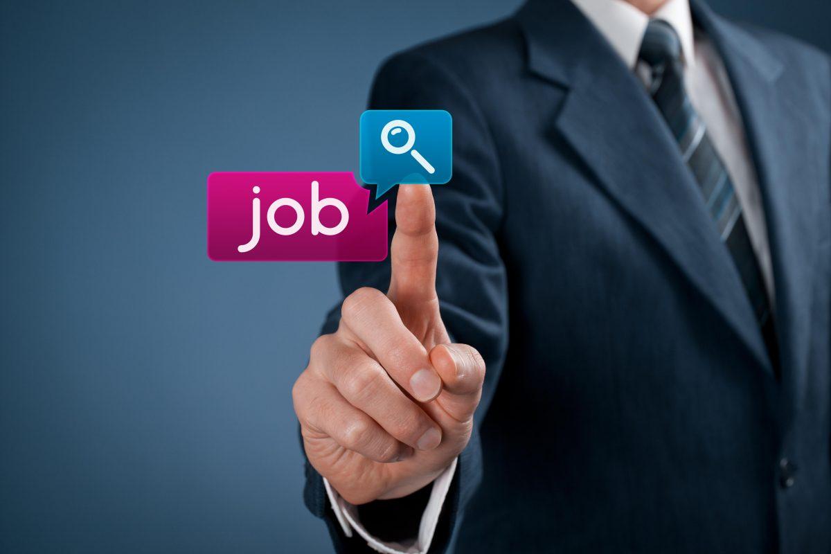 how technology influence job recruitment in