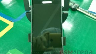 First Live Image Of Samsung Galaxy S7 Spotted