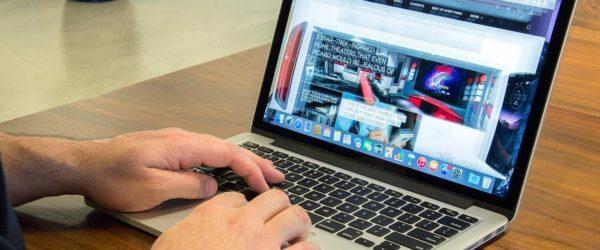Must-Have Desktop Accessories for Your MacBook