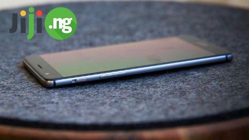 OnePlus 3.jpg
